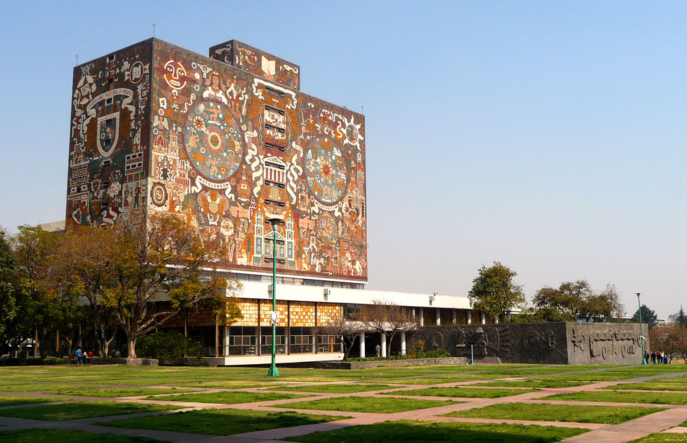 UNAM's spectacular Biblioteca Central