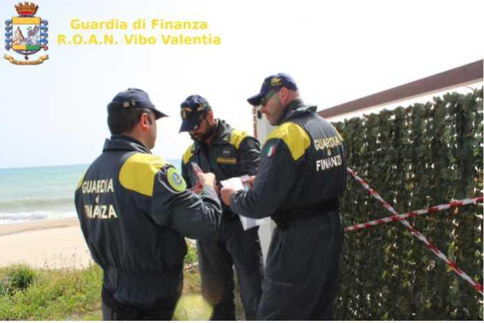 Sequestrato stabilimento balneare a Strongoli