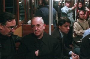 Jorge Bergoglio in metropolitana