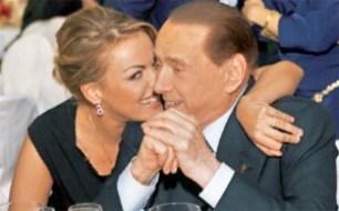 Francesca Pascale con Berlusconi - Oggi