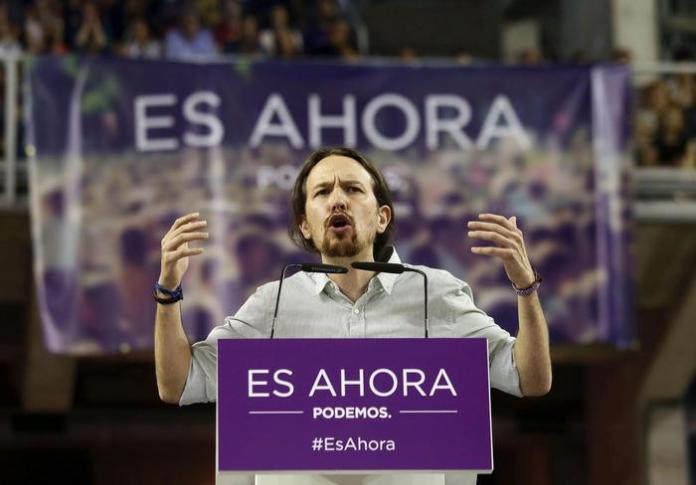 Pablo Iglesias, il leader del partito Podemos che ha vinto le amministrative in Spagna