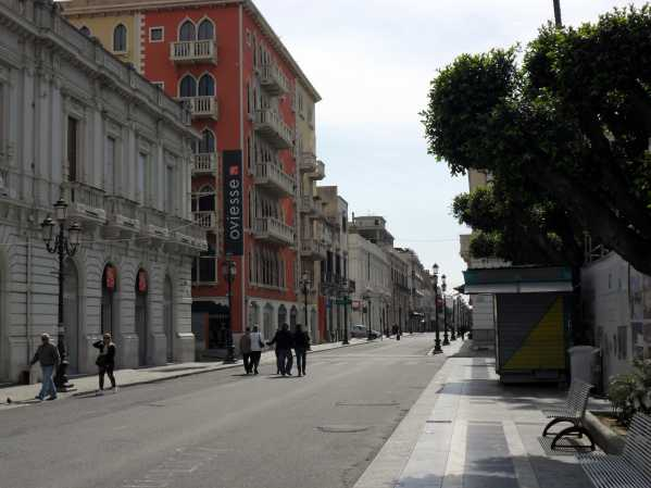 Reggio Calabria, bomba inesplosa in pieno centro