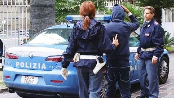 Castrovillari, tentano furto in casa. 4 arresti in flagranza