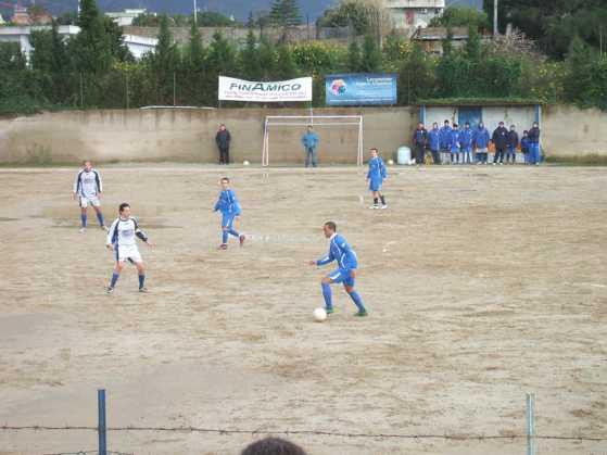 Aggredisce l'arbitro, Daspo ad allenatore di Reggio Calabria