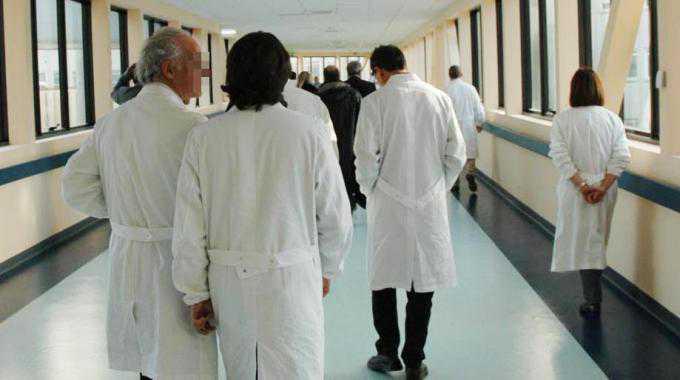 Ospedale Vibo Valentia, per protesta si dimettono 15 primari |Diabete
