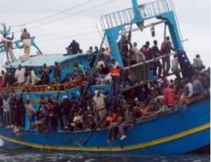 314 migranti salvati in mare. Arrivano al porto di Crotone