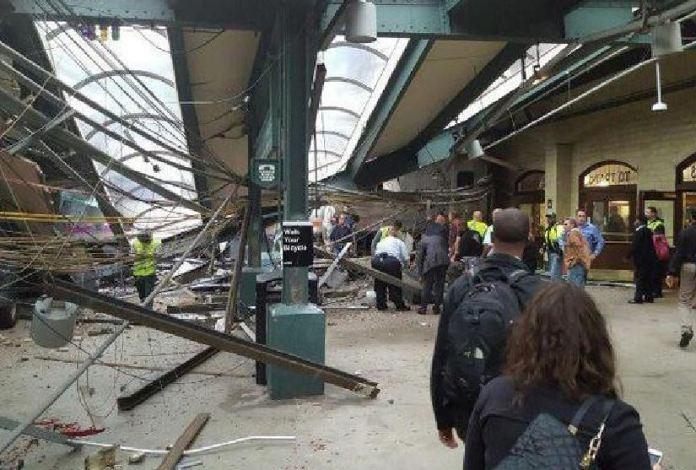 incidente treno stazione Hoboken a New York