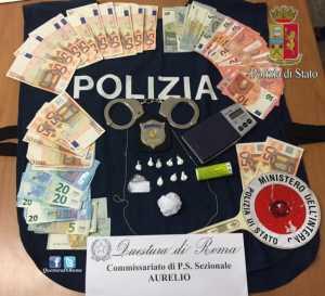 """Roma, Polizia scopre """"Internet point"""" usato per spaccio di cocaina"""