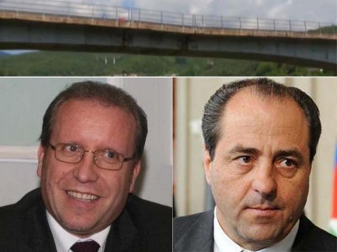 Franco Laratta e Antonio Di Pietro. Sopra il viadotto Cannavino