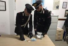 I Carabinieri di S. Ilario dello Ionio con il denaro e la droga sequestrati
