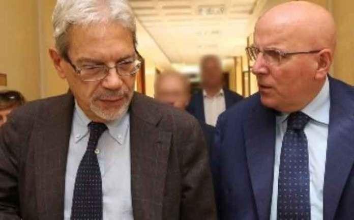 Il ministro De Vincenti e il presidente della regione Calabria Oliverio