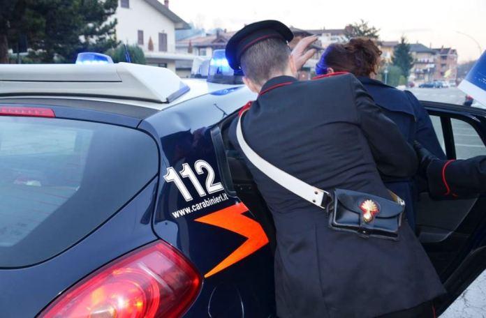 Donna arrestata dai carabinieri