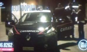 carabinieri-davanti-casa-Fuscaldo