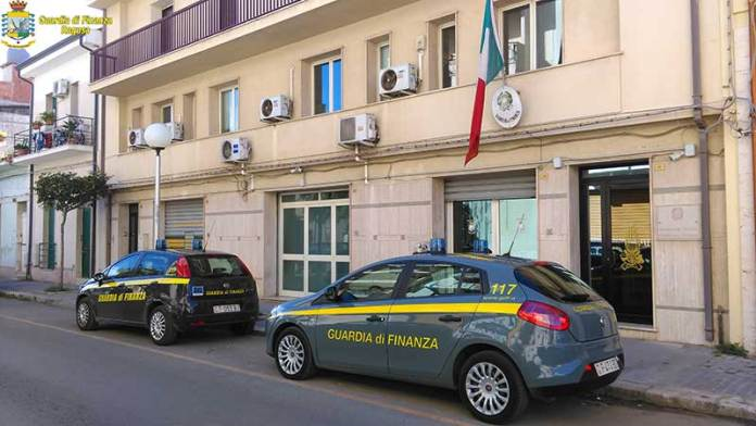 FAKE-Book, scoperta rete della contraffazione a Ragusa, in Sicilia