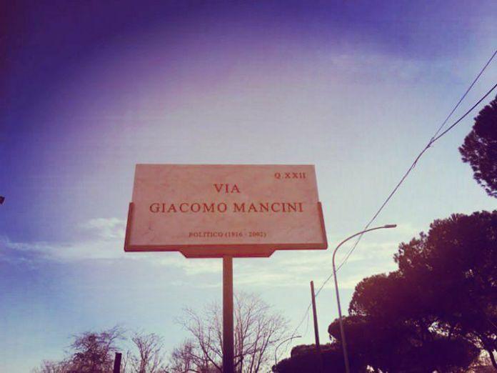 Via Giacomo Mancini a Roma
