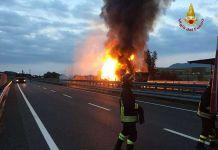 incendio camion autostrada