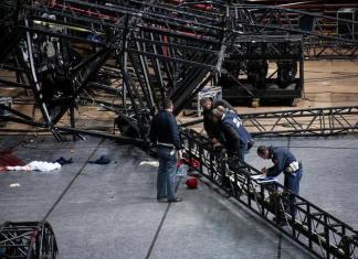 crollo palco Pausini