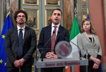 Luigi Di Maio, Danilo Toninelli e Giulia Grillo al termine delle consultazioni con la presidente Casellati