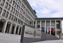 Il palazzo regionale ad Aosta
