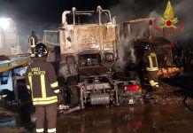 incendio automezzi crotone
