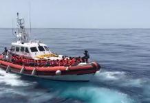trasbordo migranti da Aquarius