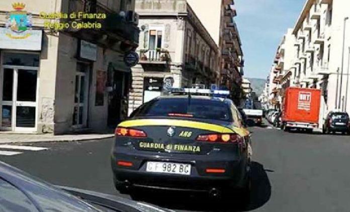 Guardia d finanza Reggio Calabria
