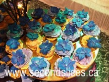 blue orchids wedding cupcakes