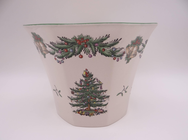 Spode Christmas Tree Poinsettia Pot in Original Box – Second Wind Vintage