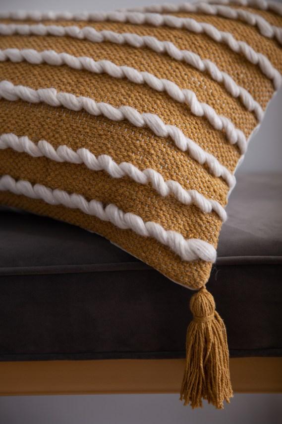 pillow fringe