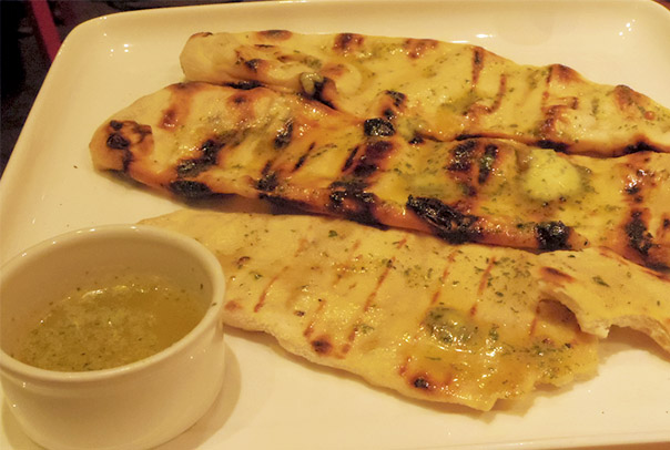 garlic-flatbread-beefeater