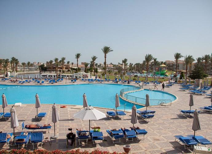 Отель Albatros Dana Beach Resort, Хургада