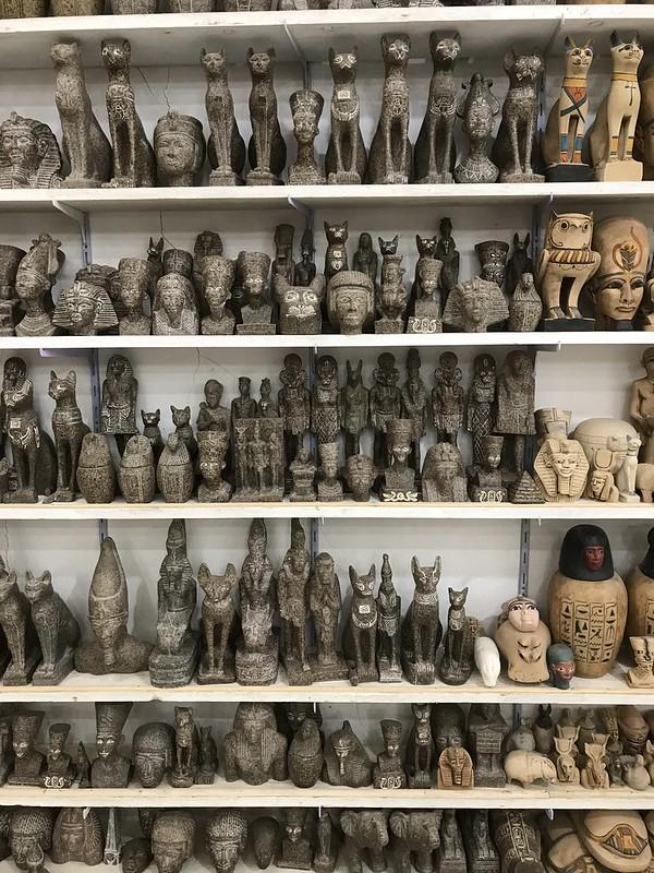 Сувениры из алебастра