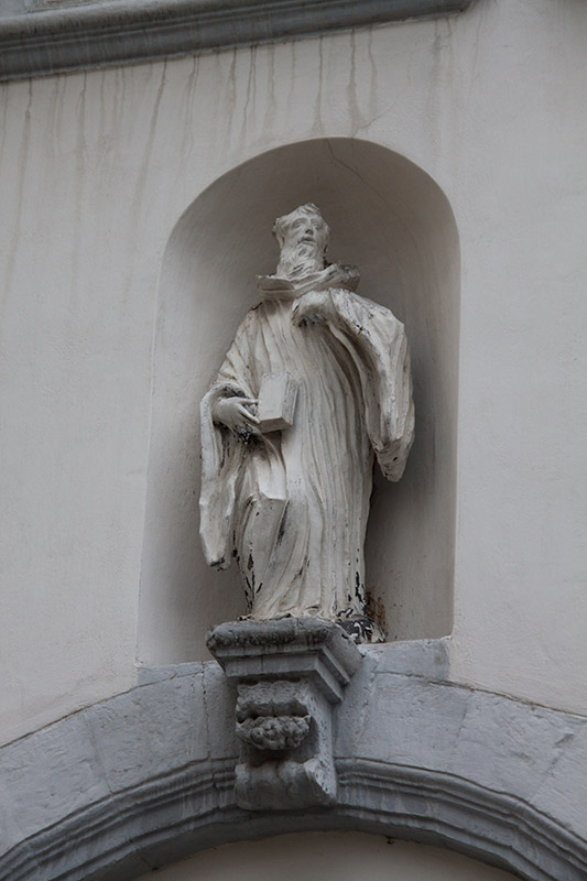Скульптура в монастыре Бенедиктинок