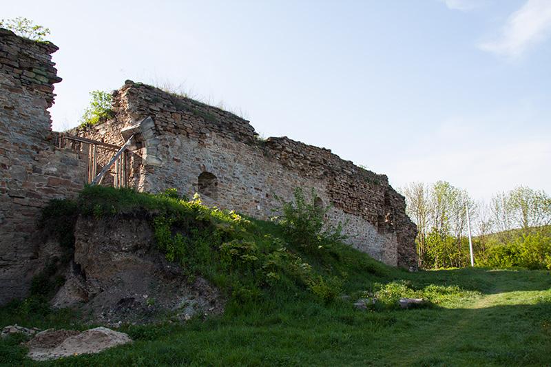 Замок в Микулинцах