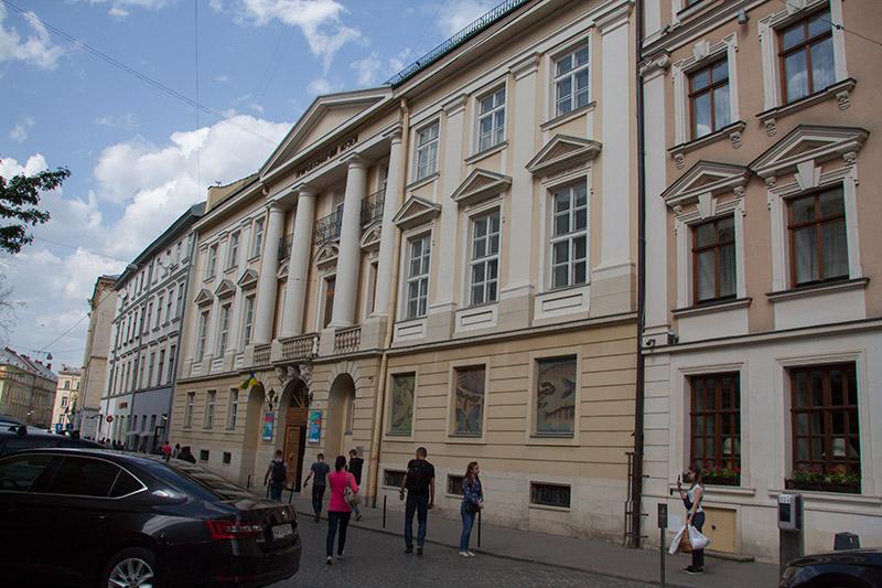 Дворец Дедушицких (Театральная, 18)