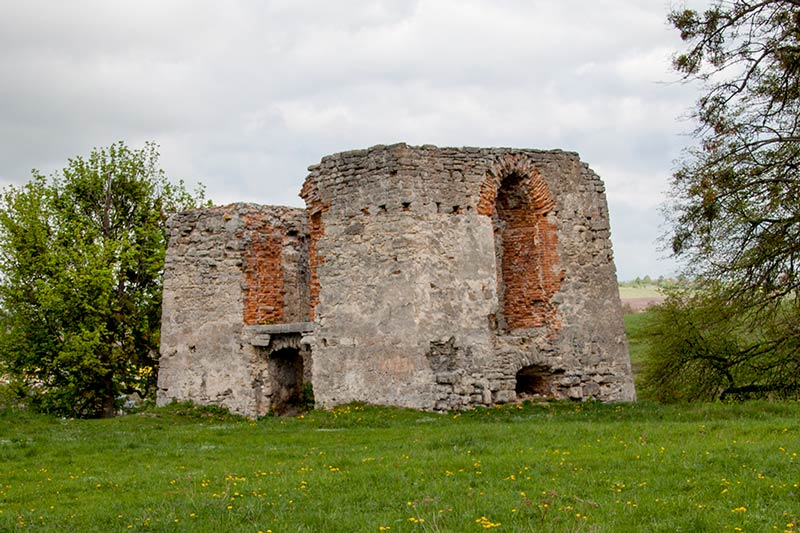 Башня в Свиржском замке