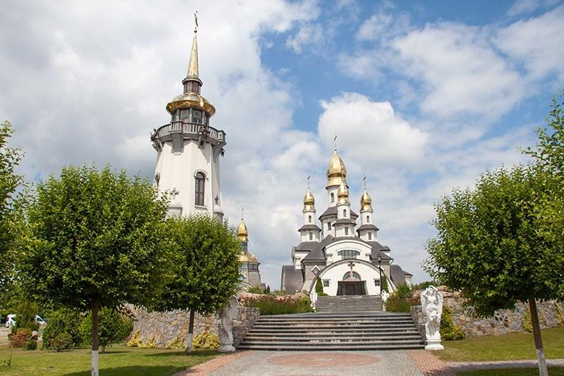 Собор Святого Великомученика Евгения и колокольня Святого Даниила
