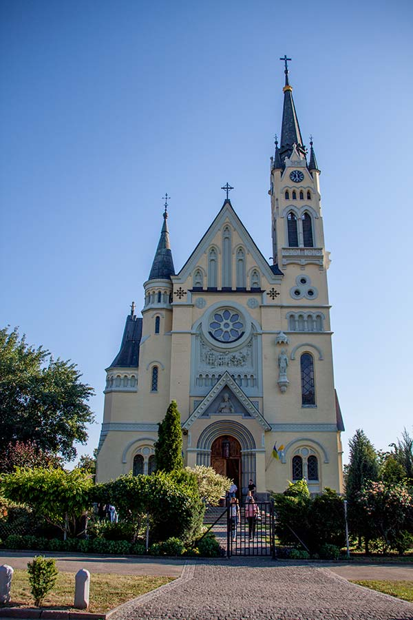 Костел Воздвижения Святого Креста в Фастове