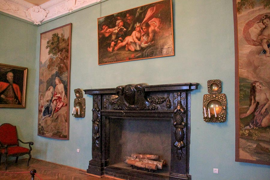 Интерьеры Олесского замка