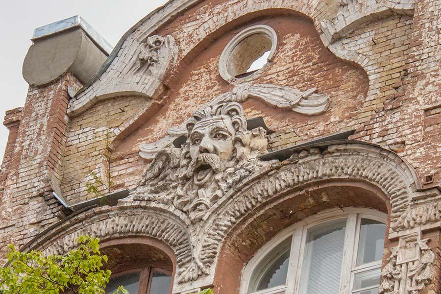 Кронос, здание Колыбель духа на Городецкого, 15