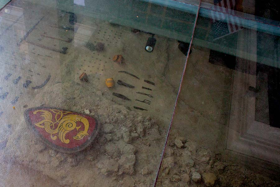 Раскопки на Старокиевской горе