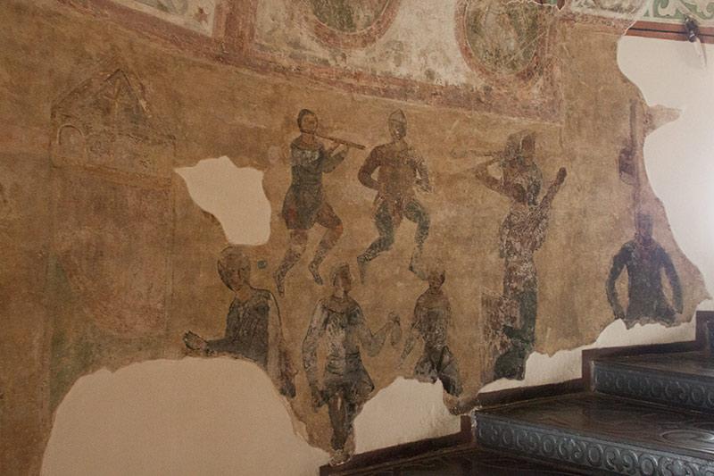 Фреска музыканты в башне