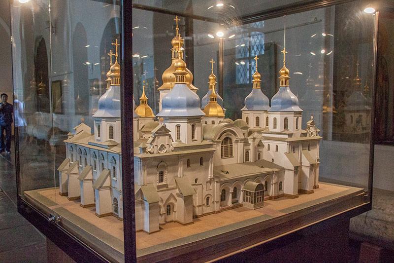 Макет Софиевского собора
