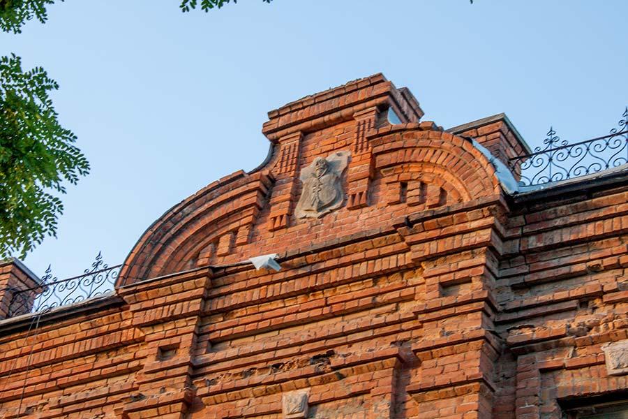 Здание в Могилеве-Подольском