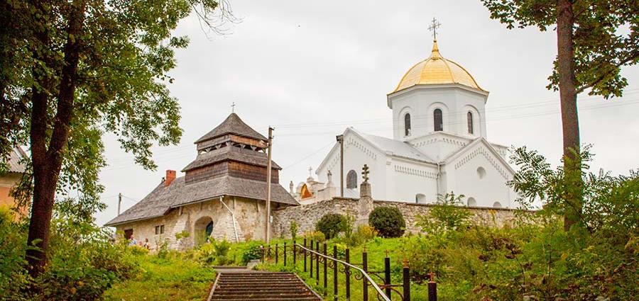 Щирецька церква Різдва Богородиці