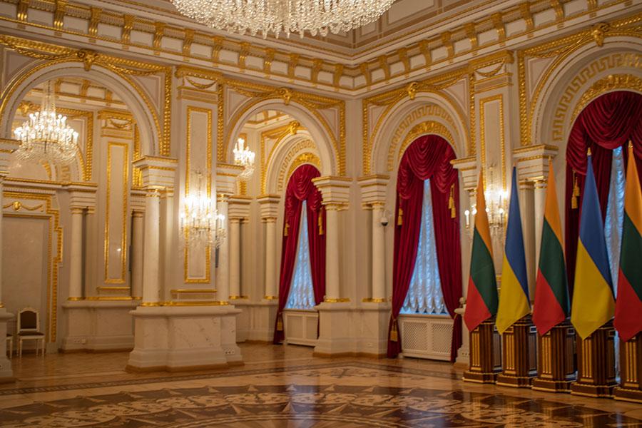 Белый зал Мариинского дворца
