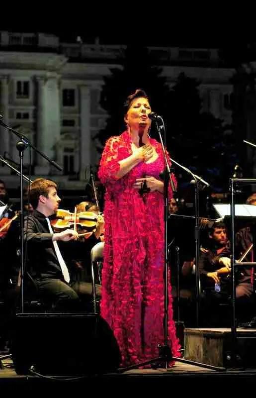 Carmen Linares. Foto de TonoCano/SecretOlivo