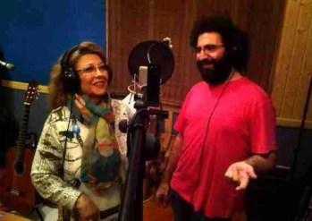 Mariana Cornejo y Chipi la Canalla durante la grabación de Maruja en flor