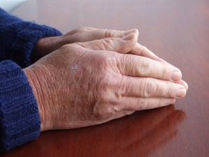 praying hands 600