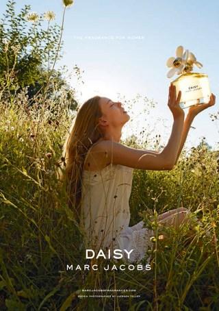 Daisy Marc Jacobs Tweet Shop #MJDAISYCHAIN